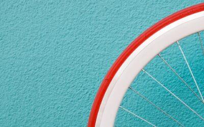 En pigecykel 24 tommer til de små er praktisk og alsidig